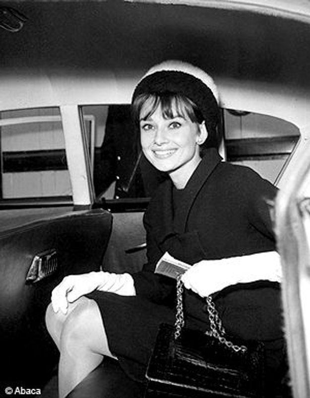 """Les """"petites sœurs"""" d'Audrey Hepburn défilent à Sydney"""