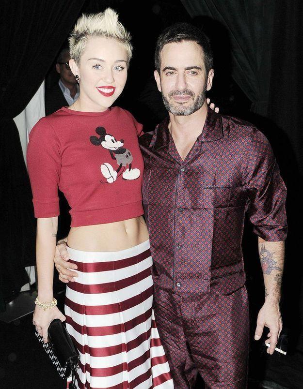 Marc Jacobs derrière le changement de look de Miley Cyrus ?