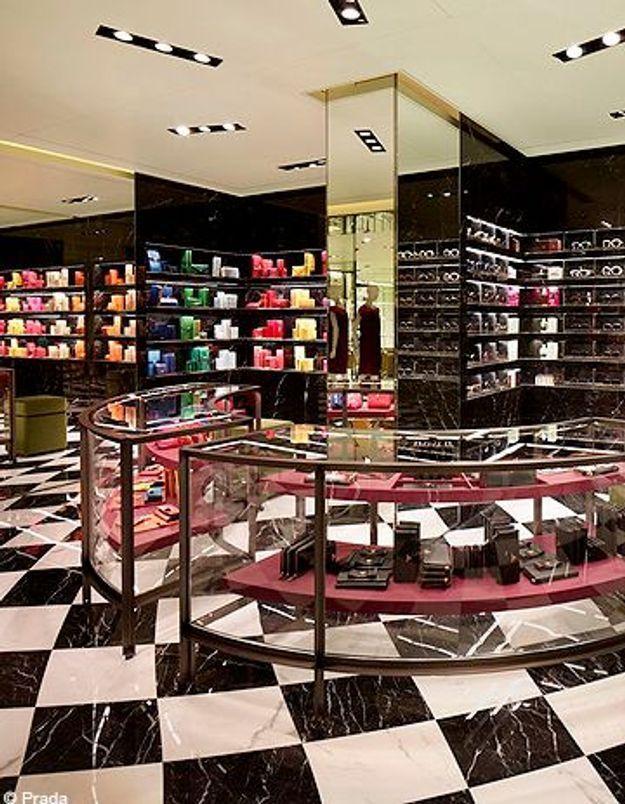 Prada ouvre sa plus grande boutique à Paris