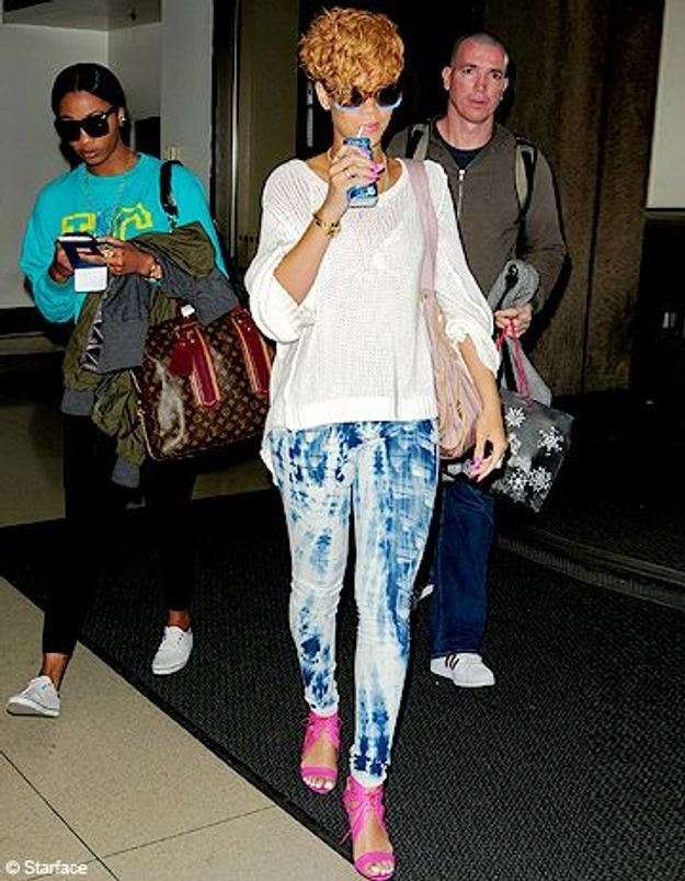 Rihanna : un look grunge mais girly
