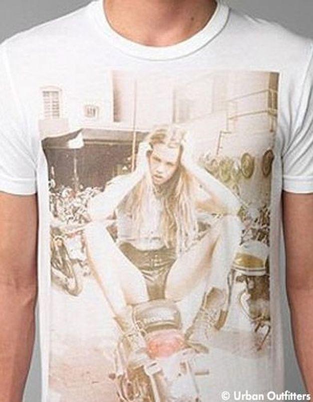 Urban Outfitters poursuivi pour photo indécente