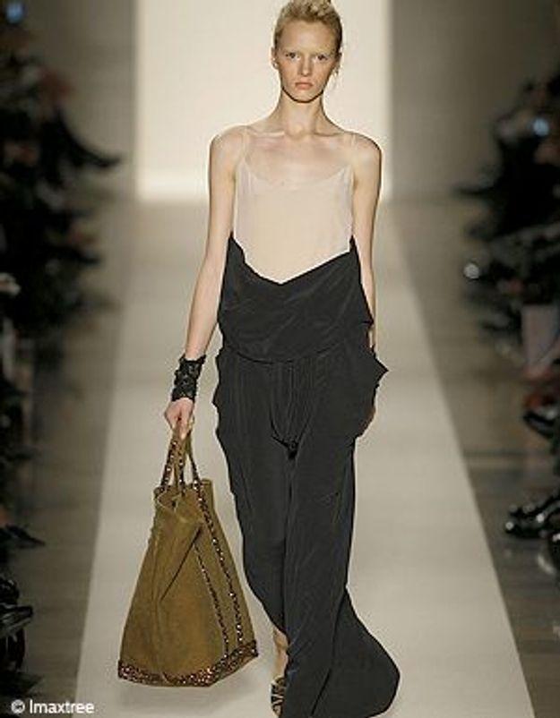 Vanessa Bruno revisite son sac cabas