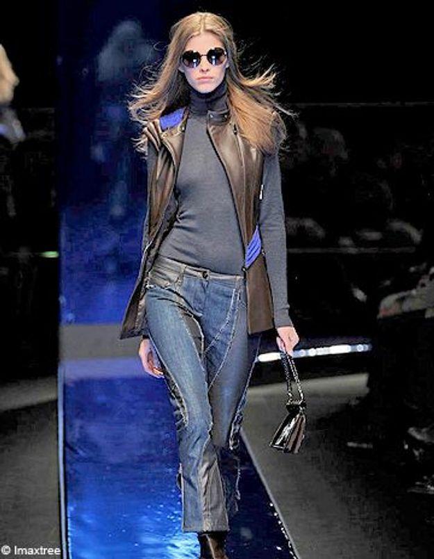 Versace dit halte au sablage des jeans