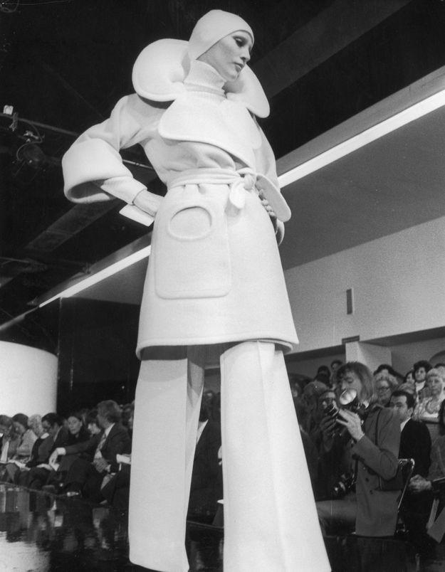 Cardin, Courrèges, Saint Laurent... ces couturiers qui ont révolutionné le prêt-à-porter