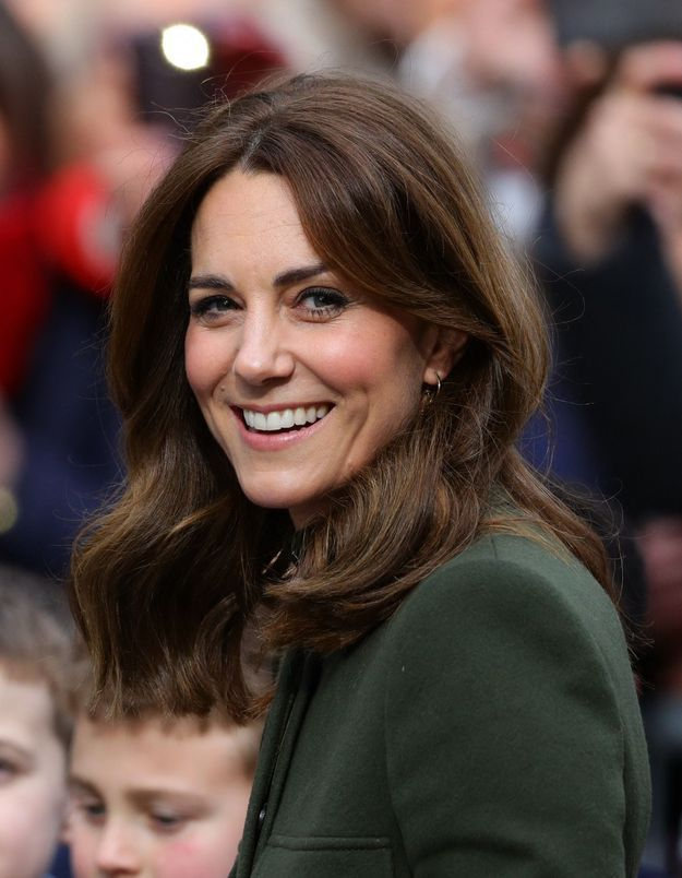 Kate Middleton porte le top Sandro idéal du printemps