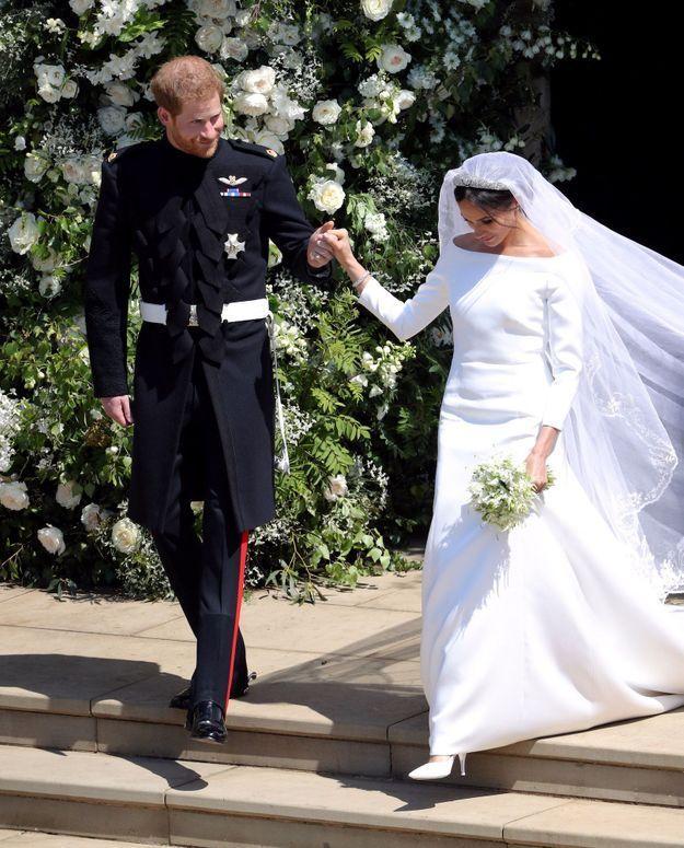 Le prince Harry et Meghan Markle sortent de la chapelle Saint-George