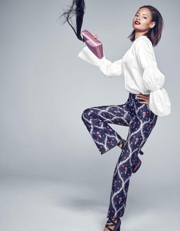#PrêtàLiker : Malaika Firth se met en scène pour Net-A-Porter