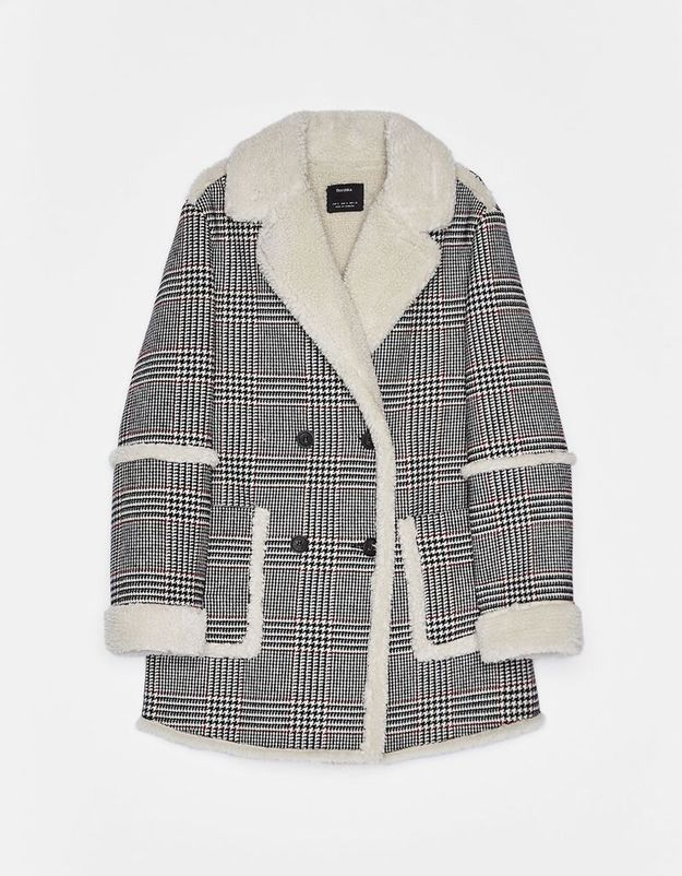 Manteau à carreaux Bershka
