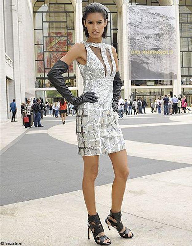 14mode defiles New York street style robe argent