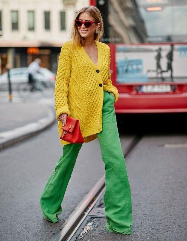 Une association haute en couleur pour une outfit à la pointe du style