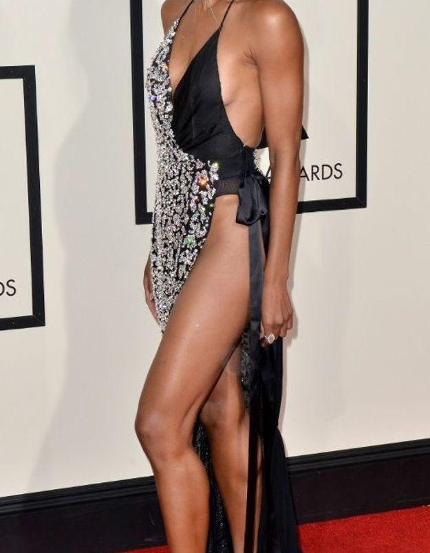 La robe fendue de Ciara