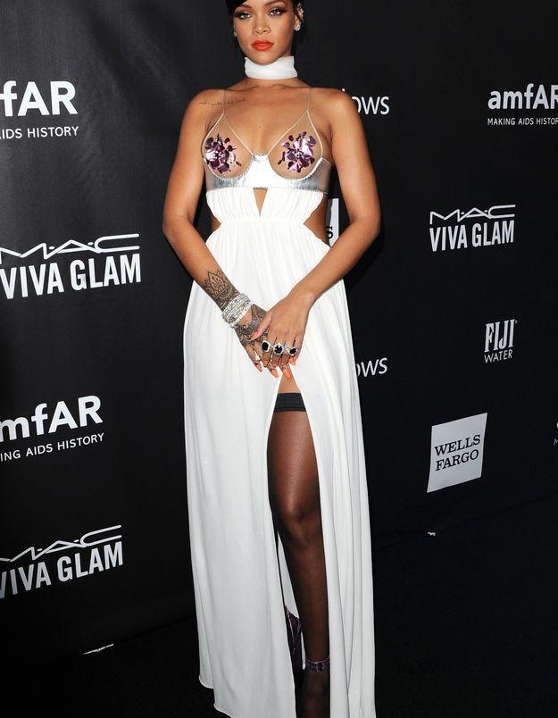 La robe fendue de Rihanna