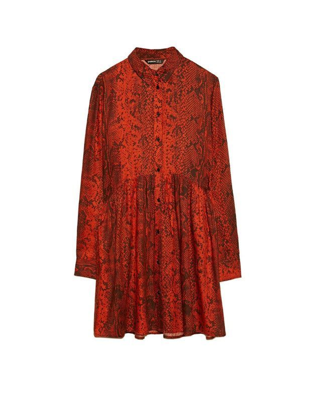 Robe rouge Stradivarius