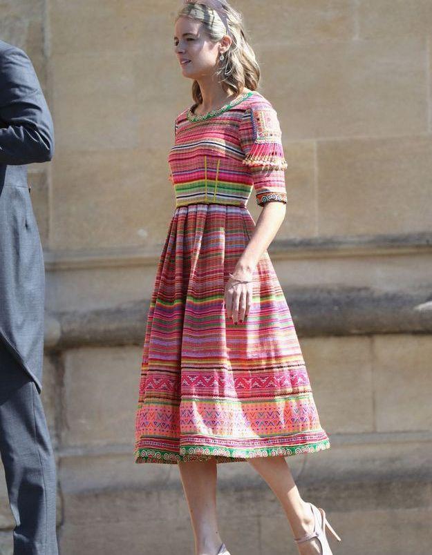 Cressida Bonas en robe colorée