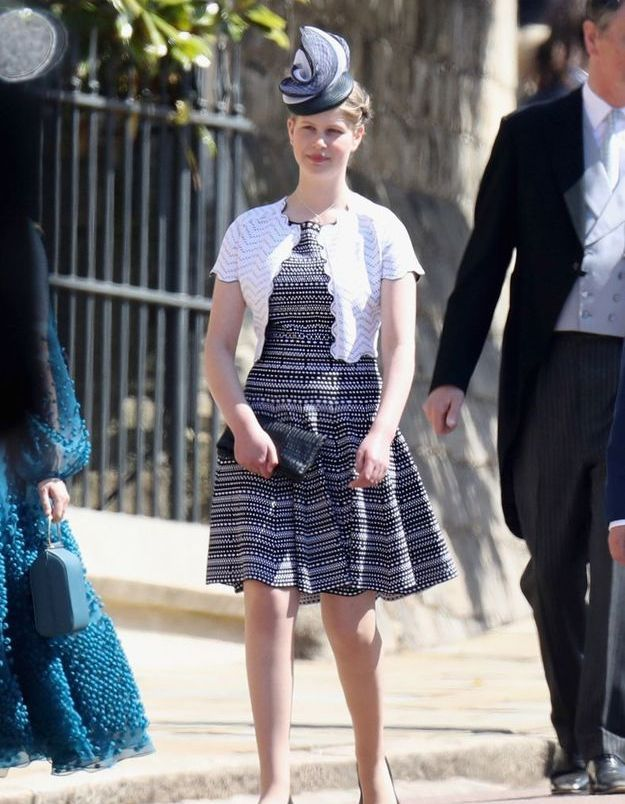 Lady Louise Windsor en robe imprimée