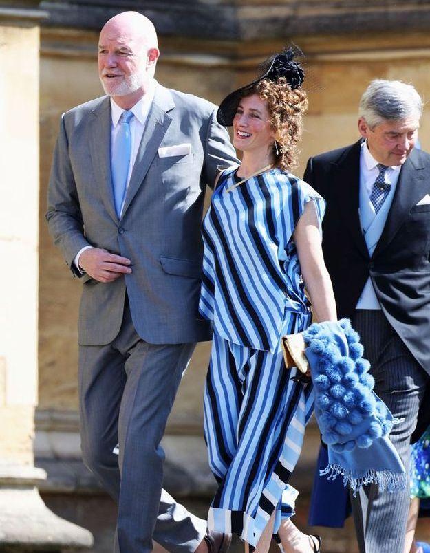 Paddy Harverson en robe rayée