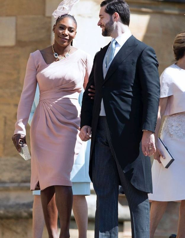 Serena Williams en robe rose poudré