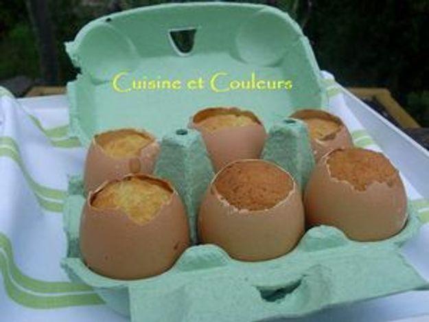 """Cuisine et couleurs : """"Oeufs-gâteaux façon kinder-surprise """""""