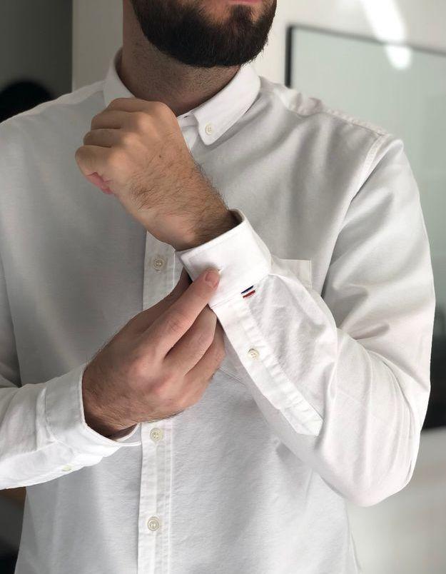 Une chemise Fyu