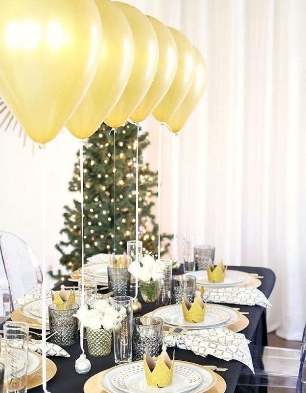 Une table de fête conviviale