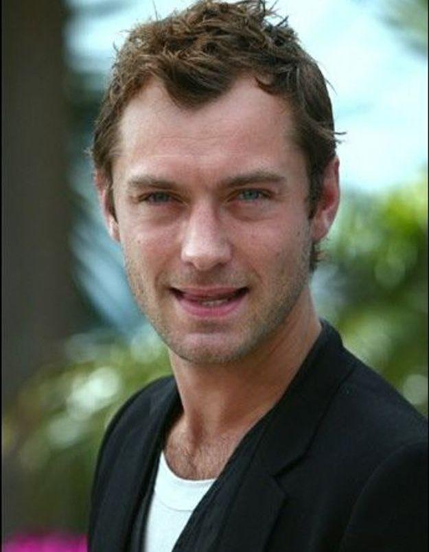L'acteur britannique Jude Law en Afghanistan pour promouvoir la paix