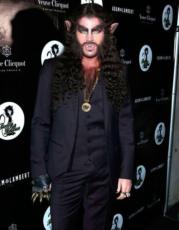 Le costume d'Adam Lambert