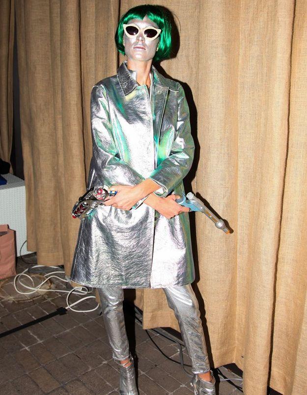 Le costume d'Alexa Chung