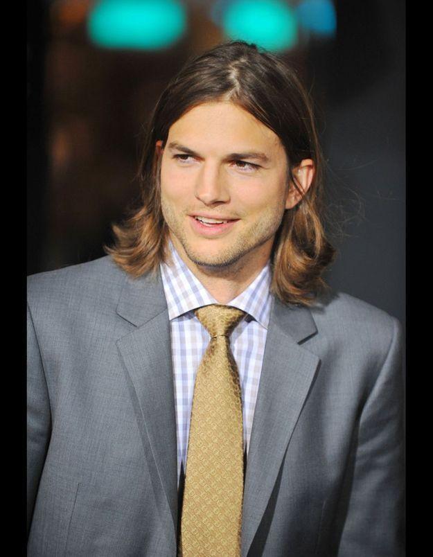 Ashton Kutcher a un frère jumeau