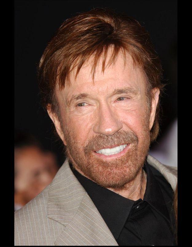 Chuck Norris s'appelle en fait Carlos