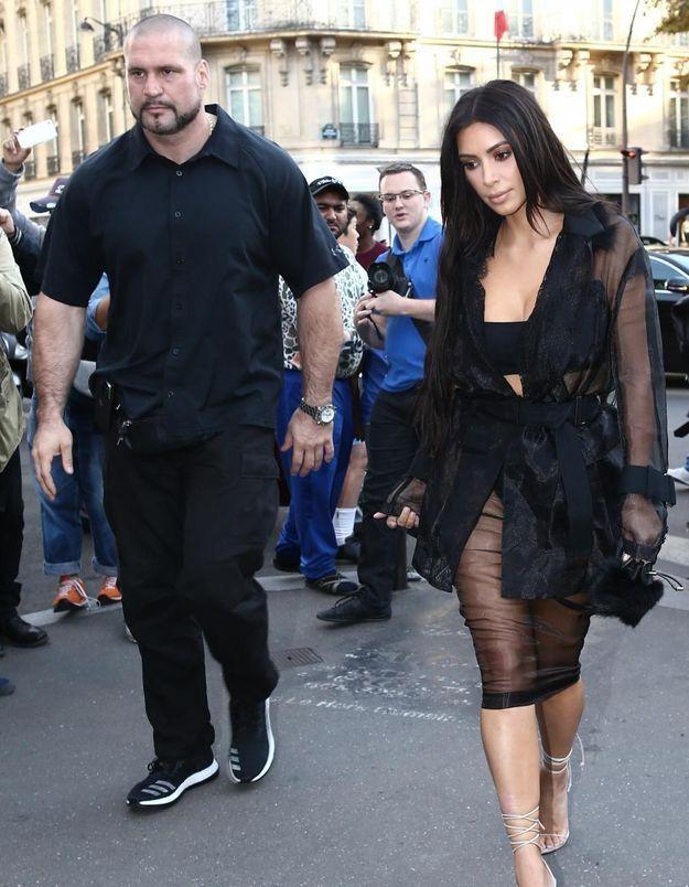 Agression de Kim Kardashian : qui est Pascal Duvier, le garde du corps des Kardashian ?
