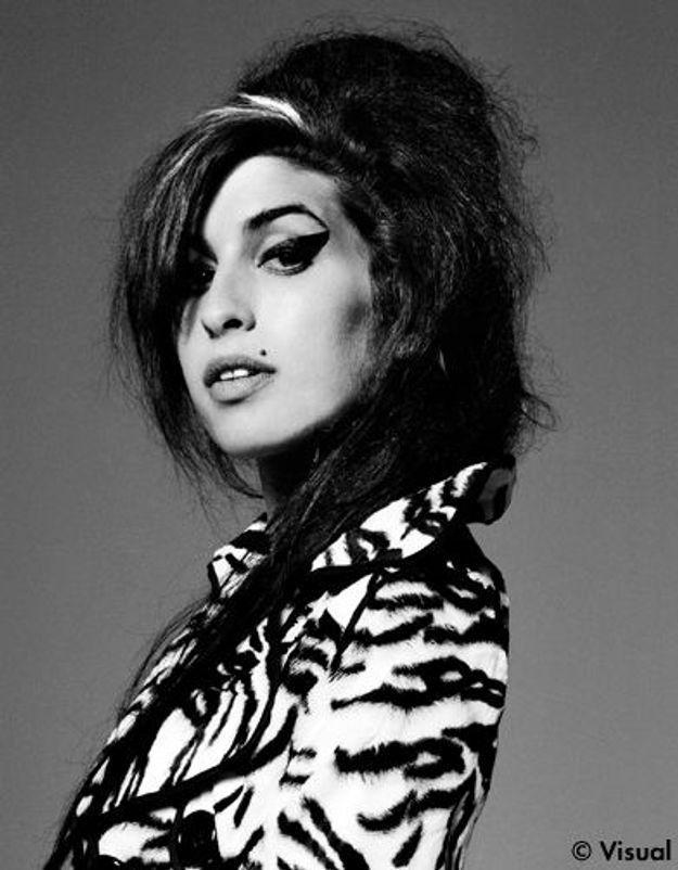 Amy Winehouse : le coroner chargé d'enquêter sur sa mort démissionne