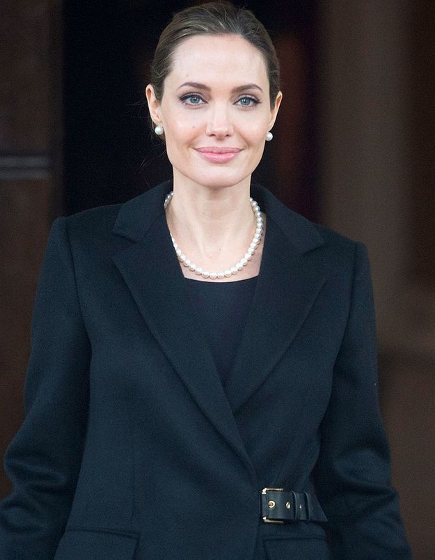 Angelina Jolie a subi une double mastectomie