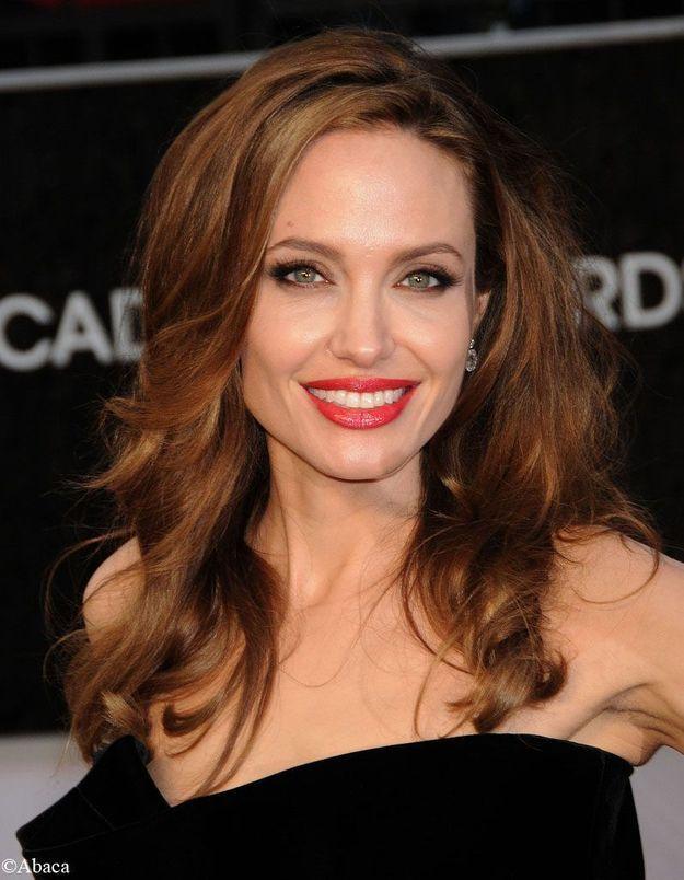 Angelina Jolie avec 3 de ses enfants au Festival de Sarajevo