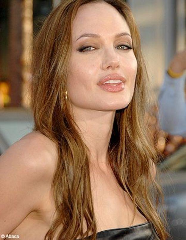 """Angelina Jolie : """"Brad Pitt m'a donné envie d'être enceinte"""""""
