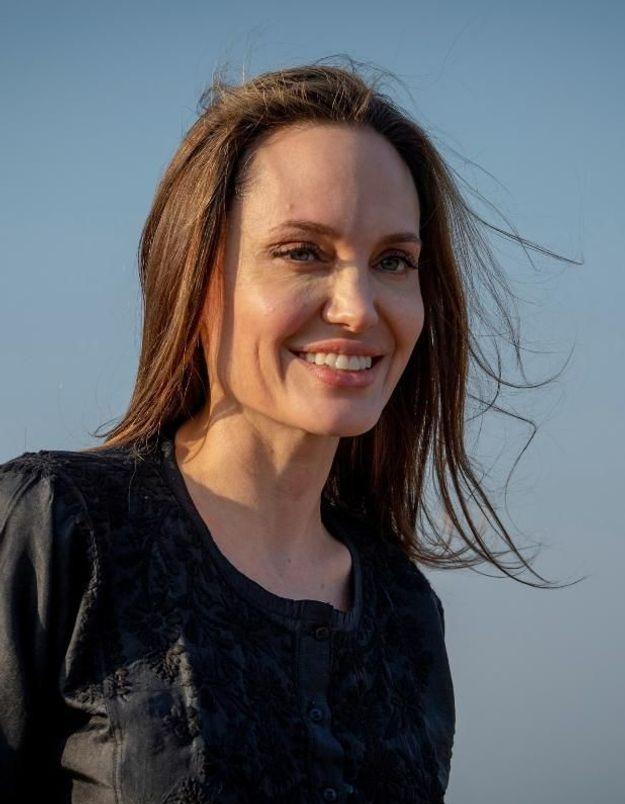 Angelina Jolie : en couple avec Keanu Reeves ?