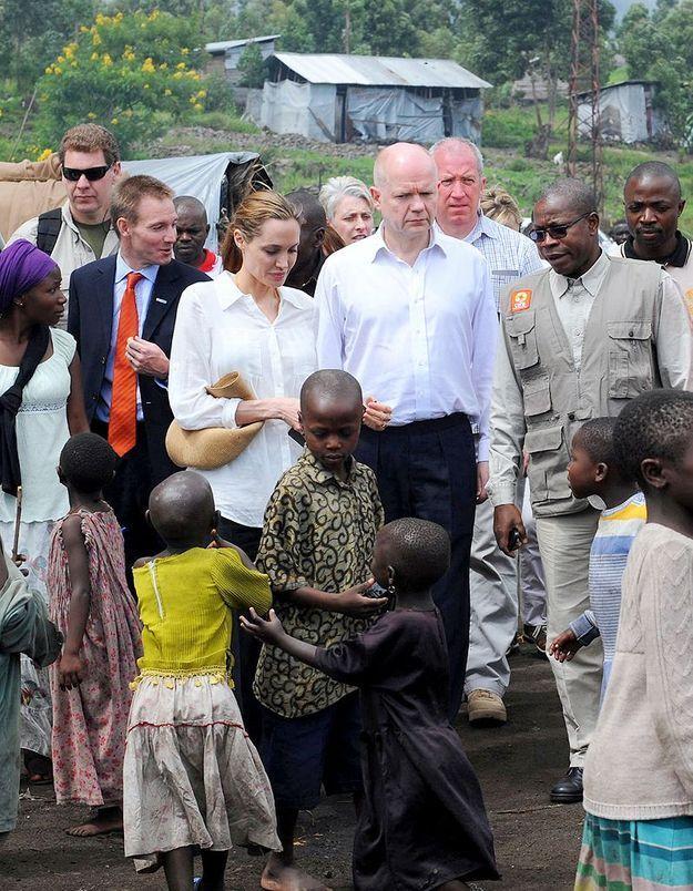 Angelina Jolie, en mission contre les viols en Afrique