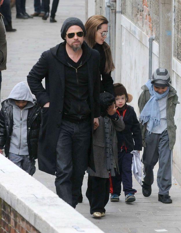 Angelina Jolie et Brad Pitt : à Paris et en famille !