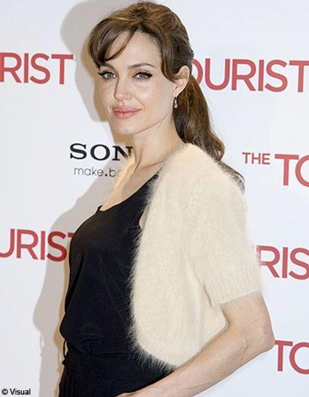 Angelina Jolie se verrait bien jouer en français