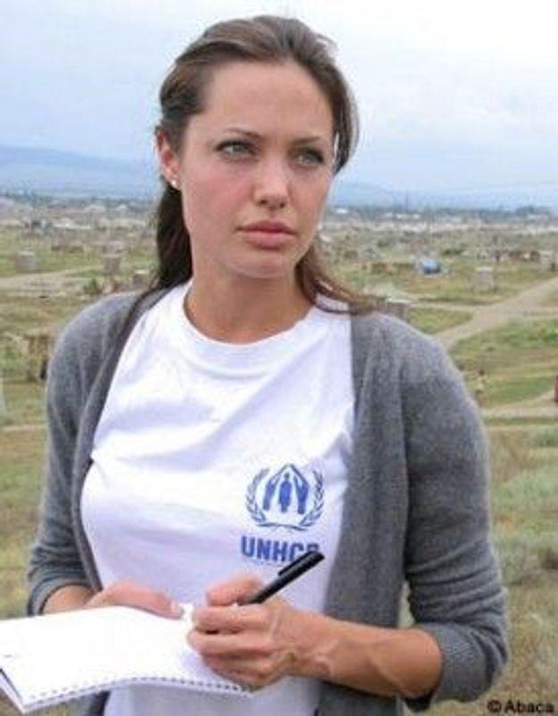 Angelina Jolie visite les camps de réfugiés en Somalie