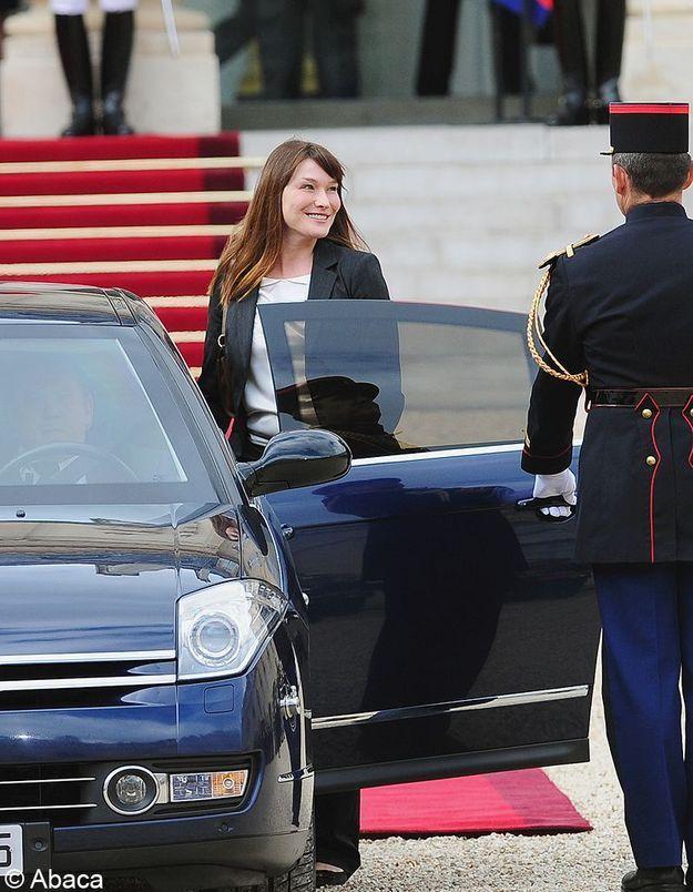 Après l'Elysée, quel avenir pour Carla Bruni-Sarkozy ?
