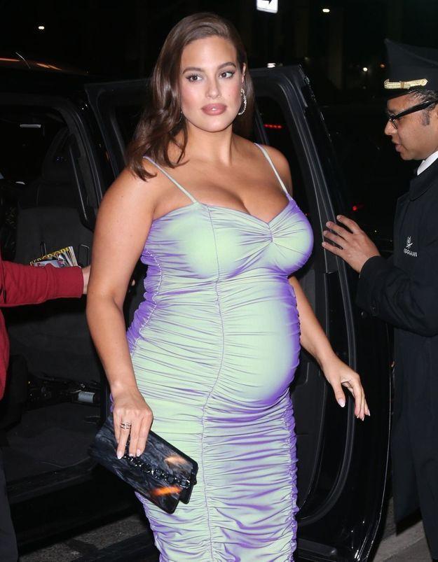 Ashley Graham enceinte : elle pose entièrement nue pour son mari