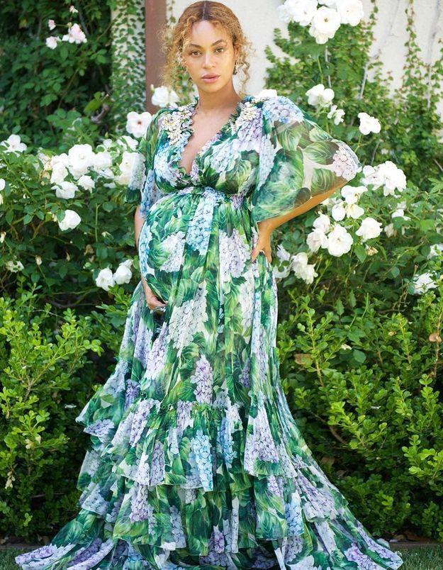 Beyoncé enceinte : « TMZ » la traite de « machine à bébés » dans une vidéo sexiste