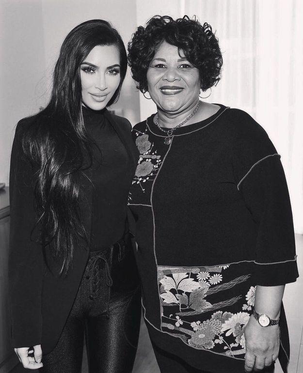 Kim Kardashian est aussi reconnaissante que Alice Johnson puisse fêter Thanksgiving avec sa famille cette année