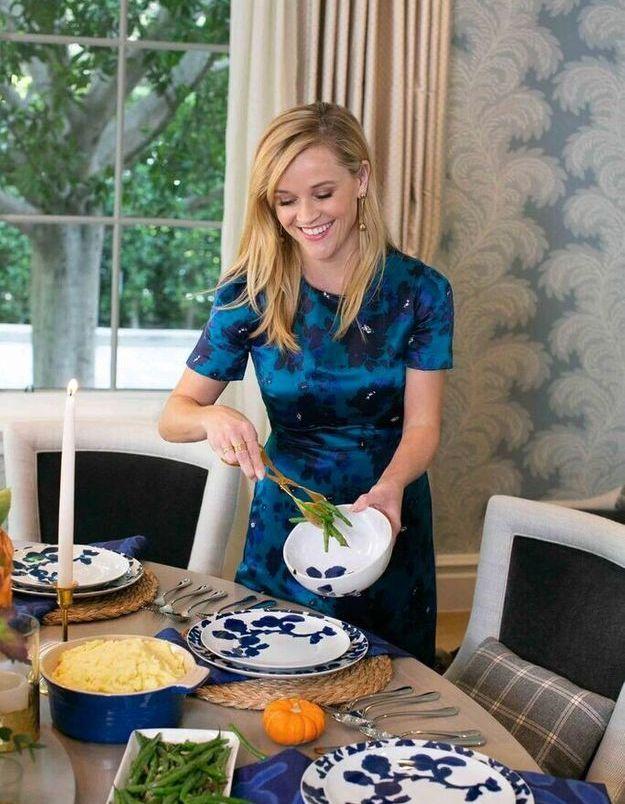 Le Thanksgiving de Reese Witherspoon qui prépare de bons plats