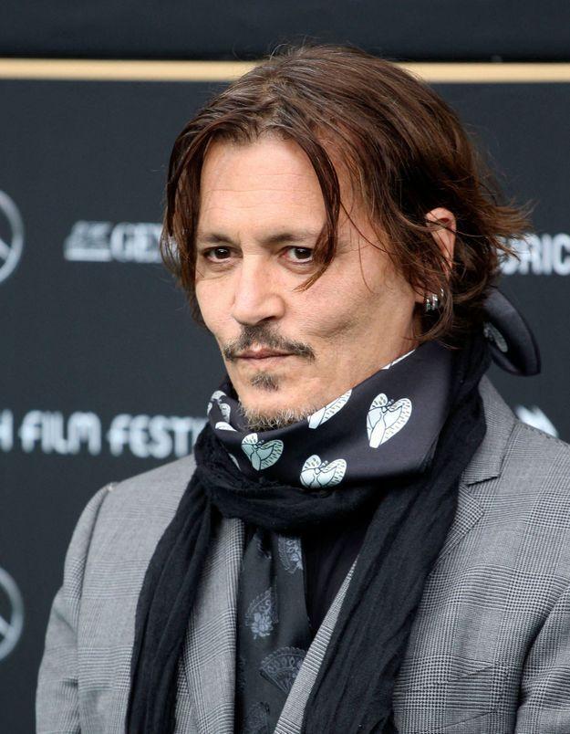 Boudé à Hollywood, Johnny Depp prend la parole pour se défendre