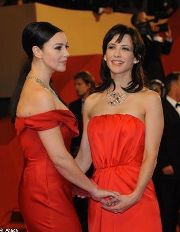Cannes : Sophie Marceau et Monica Bellucci, complices sur le tapis rouge