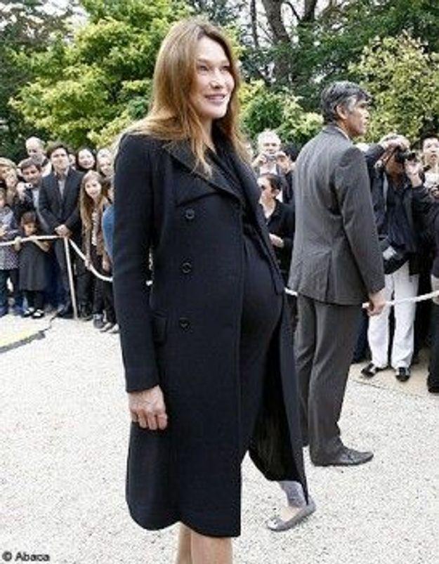 Carla Bruni-Sarkozy et Giulia sont sorties de la clinique