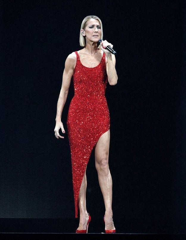 Céline Dion en deuil : elle se confie sur les derniers instants de sa maman lors de son concert
