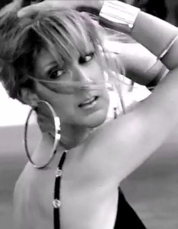Céline Dion sedévoile dans des clichés très sensuels