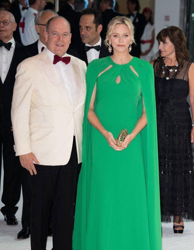 Charlène et Albert de Monaco : amoureux et glamour au Bal de la Croix-Rouge